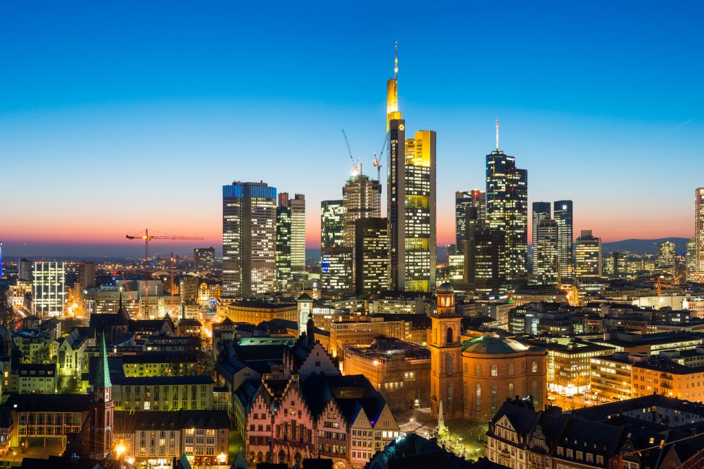Experience Frankfurt from the most beautiful side